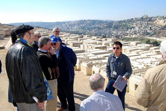 guiding-mt-of-olives